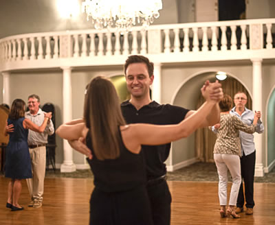 New Beginners at John Hamman School of Ballroom Dance